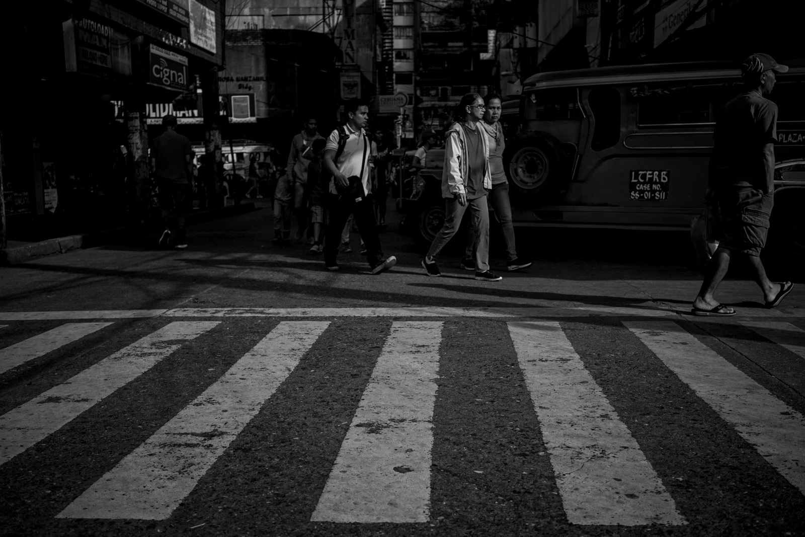 documentary-photojournalist-philippines-street-13